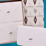 Box with A5 cards and Amalfi paper envelopes